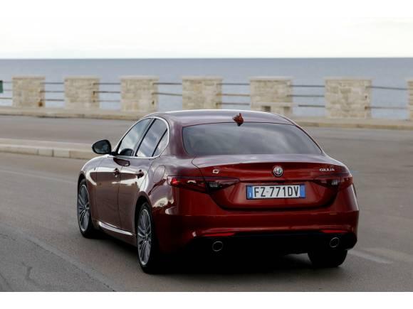 Primera prueba Alfa Romeo Giulia y Stelvio MY20: mejoras tecnológicas y de interiores