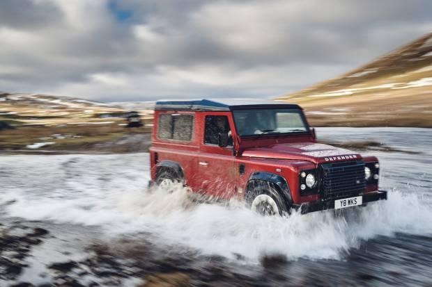 Nuevo Land Rover Defender Works V8 de 405 CV