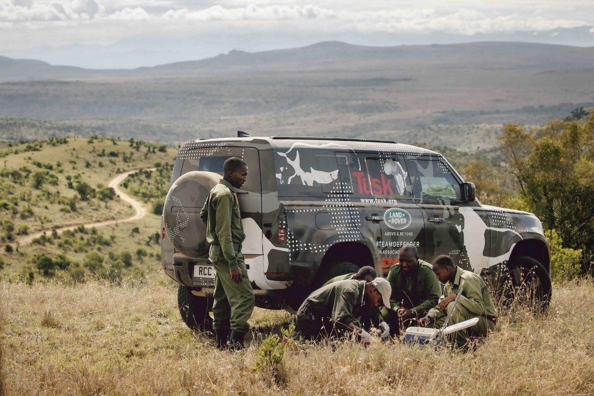El Land Rover Defender sigue superando pruebas en África junto a la organización Tusk Trust