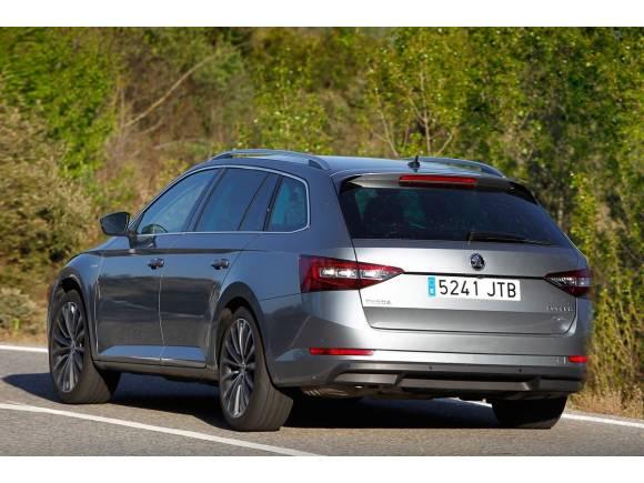 Skoda Superb Combi 4X4 2.0 TDI 190 CV DSG Laurin&Klement: ¡menudo cochazo!