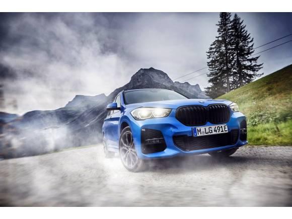 BMW X1 xDrive25e: el pequeño de la familia se electrifica