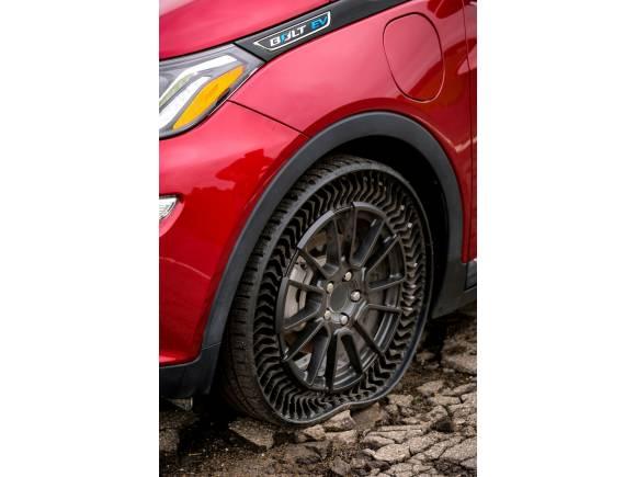 Michelin UPTIS, el neumático que rueda sin aire