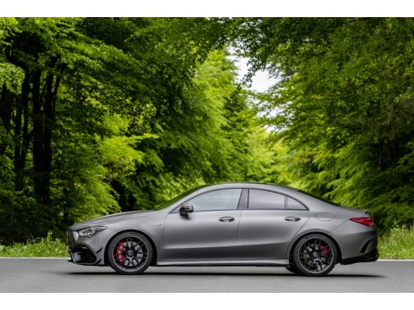 Nuevo Mercedes-AMG A 45 4Matic+ y CLA 45 4Matic+, con 421 CV