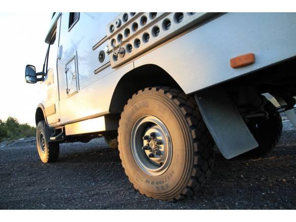 Michelin XZL el neumático para dar la vuelta al mundo