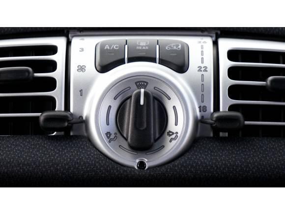 Trucos y consejos para evitar un excesivo calor en el coche