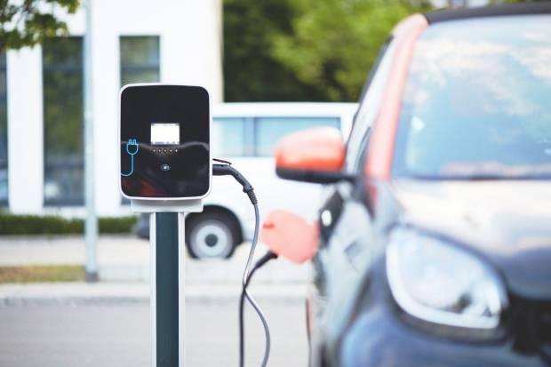 Así es el nuevo impuesto para puntos de carga de coches eléctricos