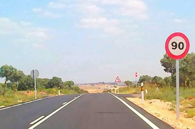 Velocidad máxima de 90 km/h en la mayoría de carreteras secundarias