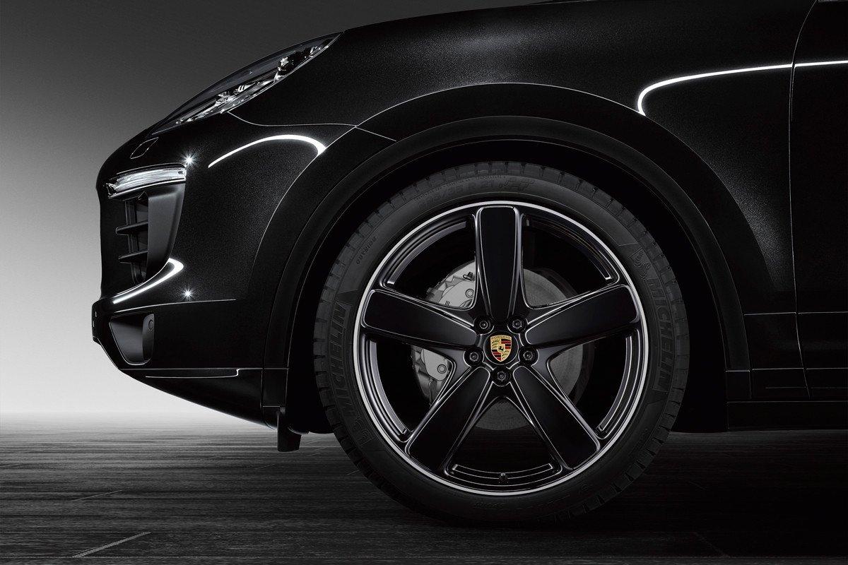 Porsche Exclusive Dota De M 225 S Equipamiento A Sus Cayenne