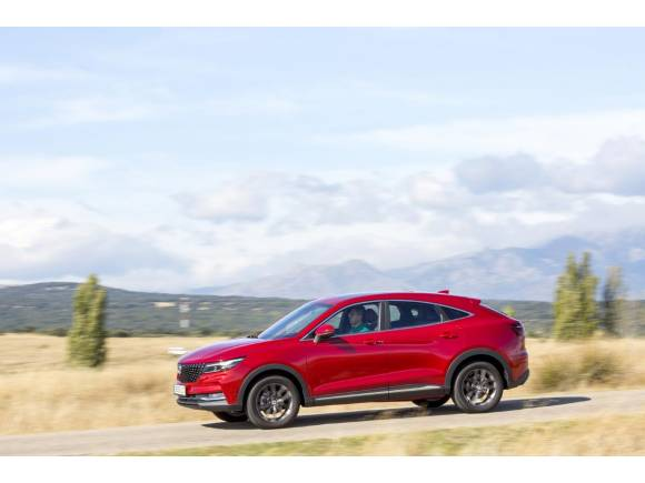 Prueba del DFSK F5: opinión y precio del nuevo SUV coupé generalista