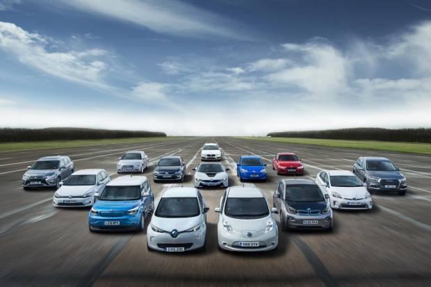 Diferencias entres coche híbrido, híbrido enchufable, eléctrico y de hidrógeno