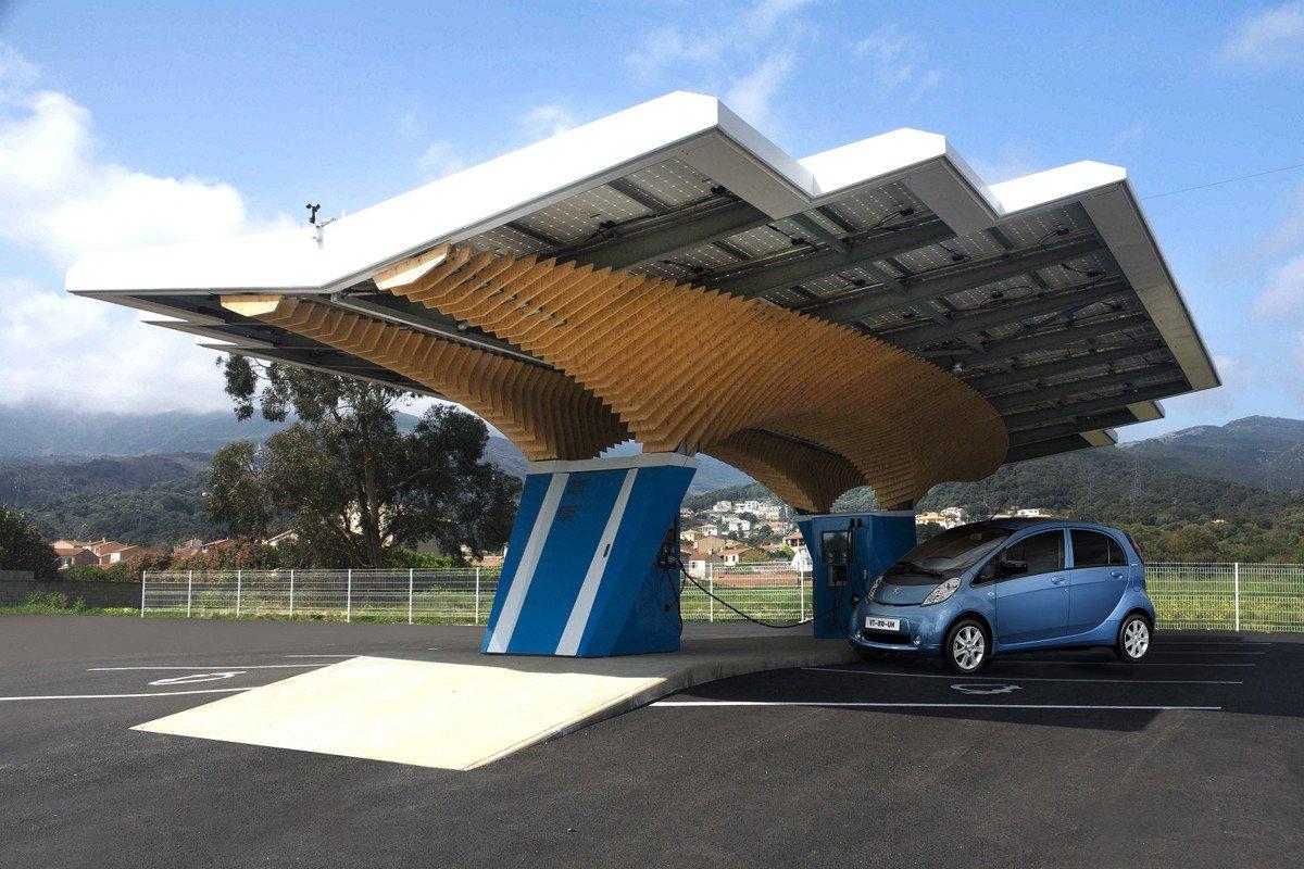 Peugeot Driveco gasolinera electrica