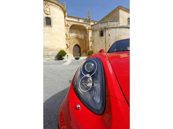 Probamos el nuevo Porsche Cayman: placer de conducción