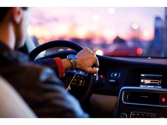 Coronavirus: ¿Por qué no debes viajar o trasladarte en coche estos días?