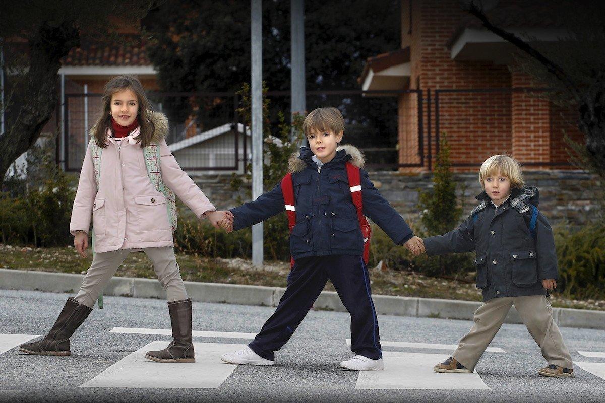 pasear niños confinamiento