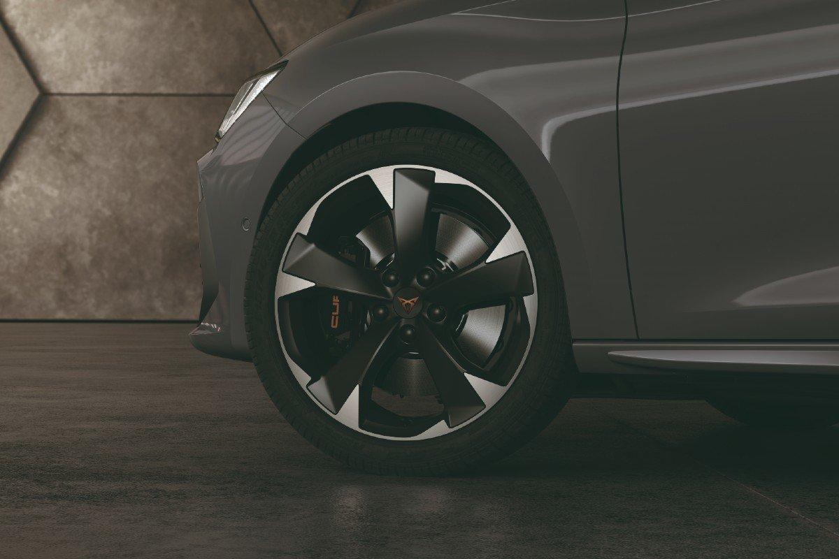 Cupra León e-Hybrid