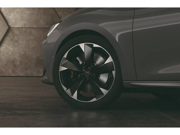El Cupra León estrena motor híbrido enchufable de 204 CV