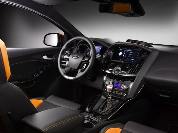 Prueba: Ford Fiesta ST y Focus ST en circuito