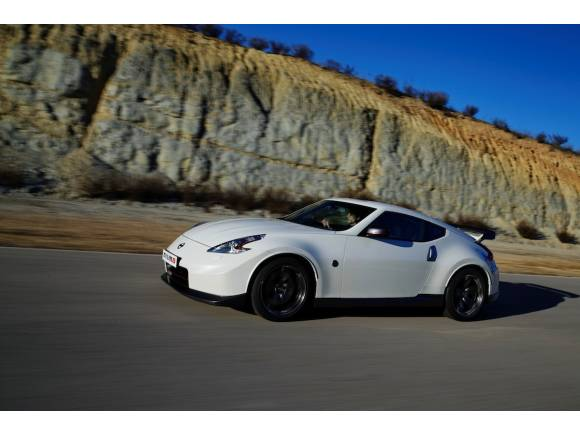 Prueba de la gama deportiva Nissan Nismo