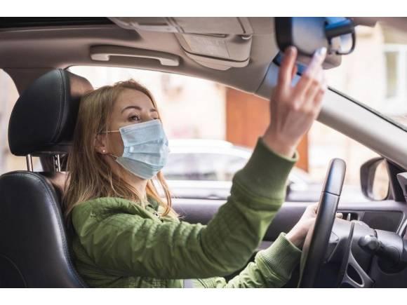 Murcia limita al 50% la ocupación de vehículos entre personas que no convivan