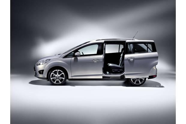 Ford Focus Grand C-Max: Siete plazas y puertas deslizantes.