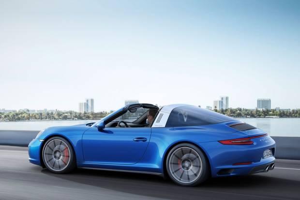 El Porsche 911 recibe nuevos colores y un aumento de potencia en 2017