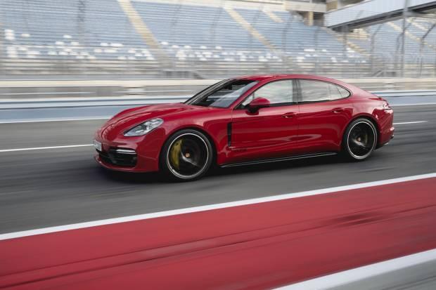 Nuevo Porsche Panamera GTS, V8 biturbo de 460 CV