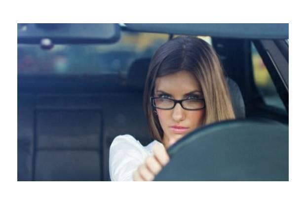 ¿Son obligatorias las gafas de repuesto?