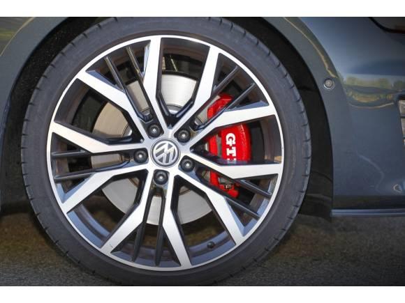 Prueba: Volkswagen Golf GTI Performance, el GTI definitivo