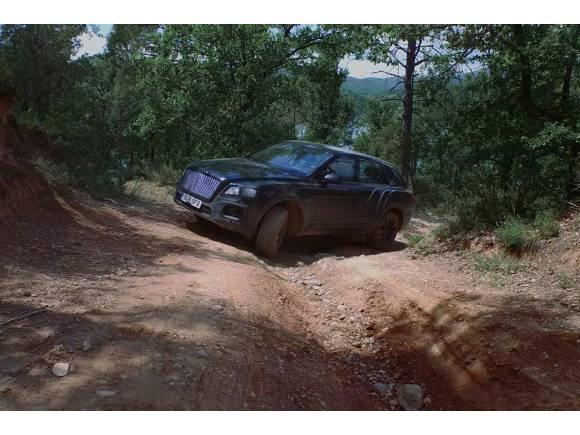 Video: Bentley ya tiene casi listo su primer SUV, Bentayga