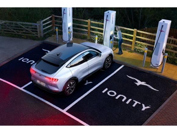 Ford Mustang Mach-E: recupera 119 km de autonomía en 10 minutos