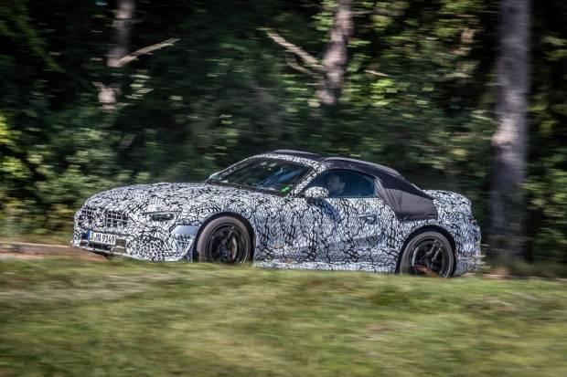 Primeras imágenes del Mercedes SL camuflado