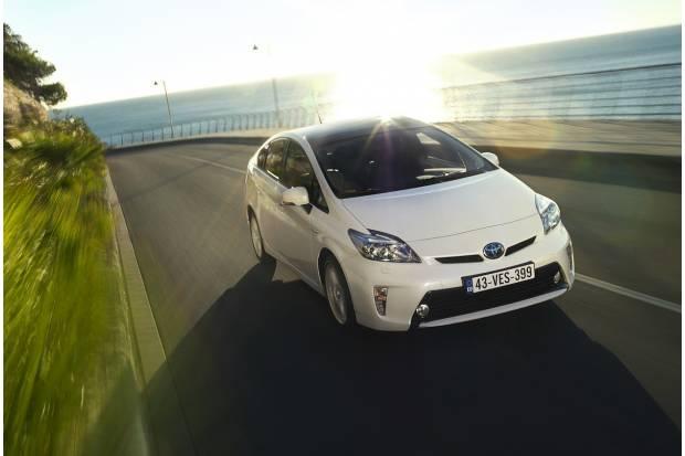 Llamada a revisión al Toyota Prius para mejorar el inversor de corriente