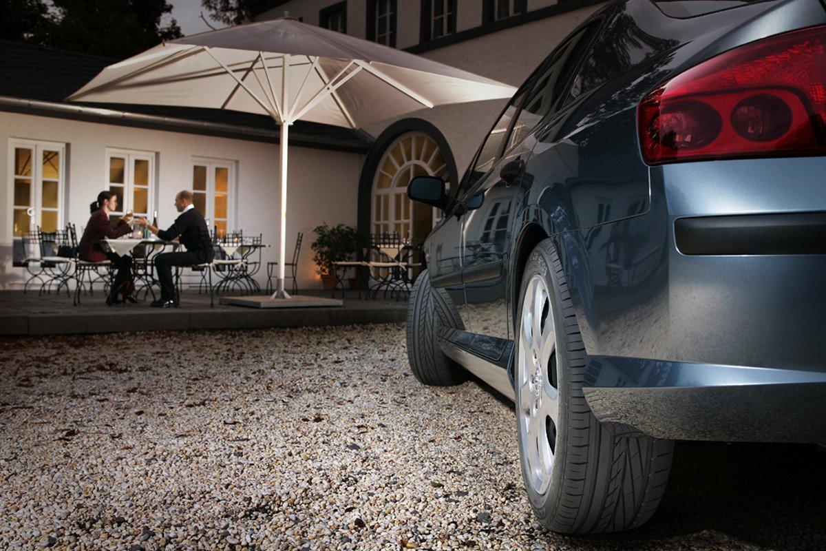 comprobar el desgaste de los neumáticos