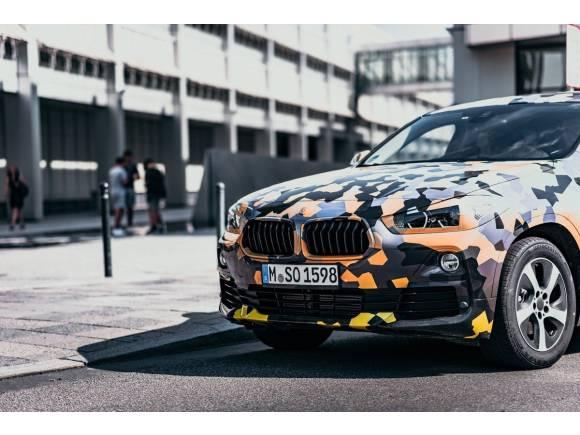 El nuevo BMW X2 se deja ver con camuflaje antes de su debut en Frankfurt
