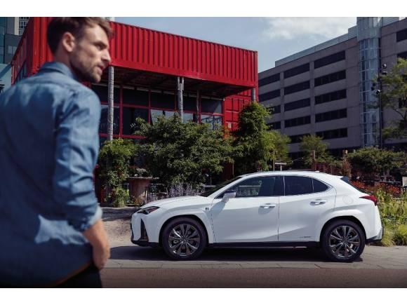 Lexus UX 250h: renovación de la gama, novedades y precios