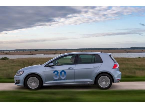 Prueba: Volkswagen Golf Bluemotion, tres litros de consumo y buen precio