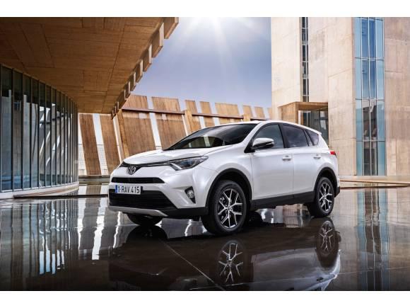 Nuevo Toyota RAV4, llega en diciembre