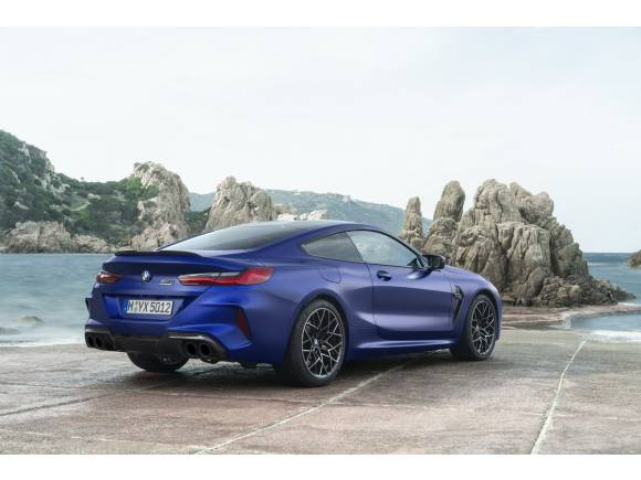 BMW M8 Competition Coupé y Cabrio: deportivos de lujo a otro nivel