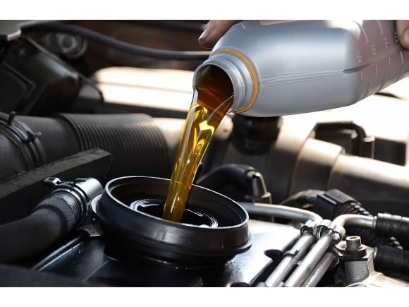¿Qué aceite usa mi coche?