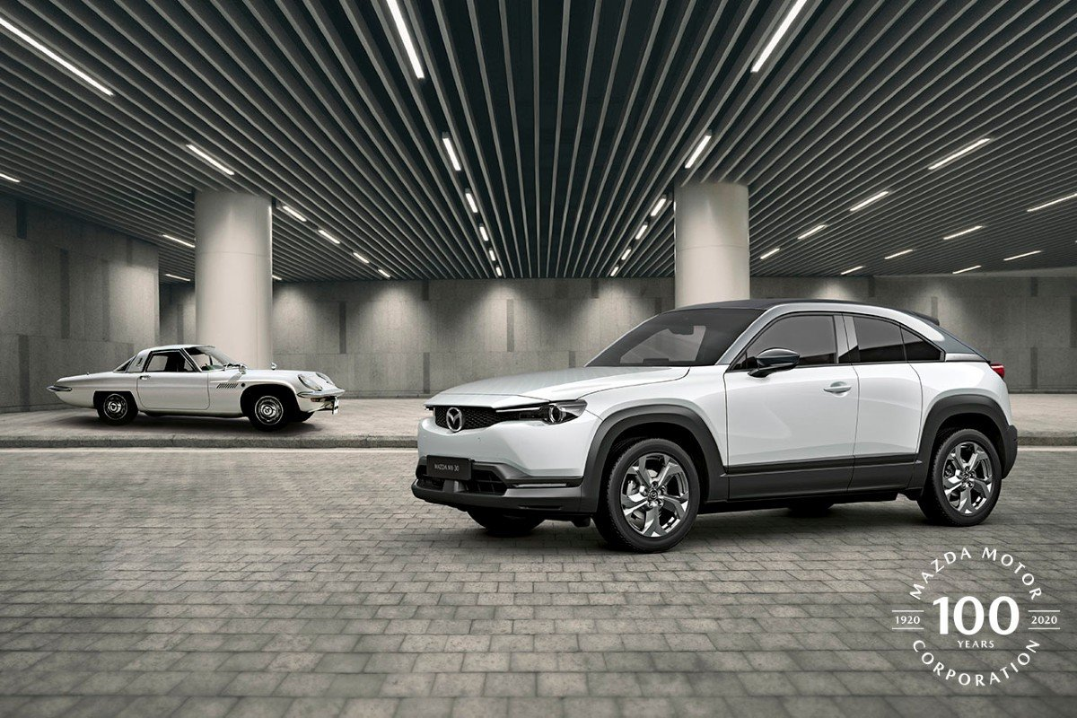 Historia Mazda