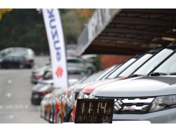 Suzuki con Banco de Alimentos: Litros por kilos