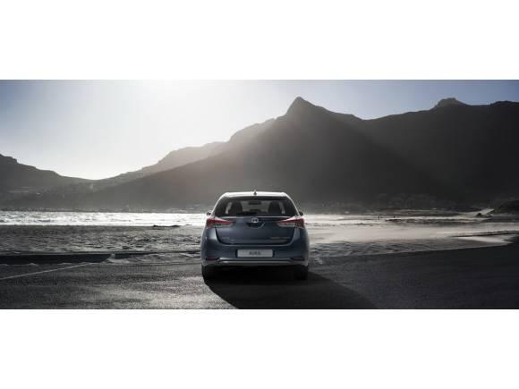 Nuevo Toyota Auris 2015: más eficiente y más equipado