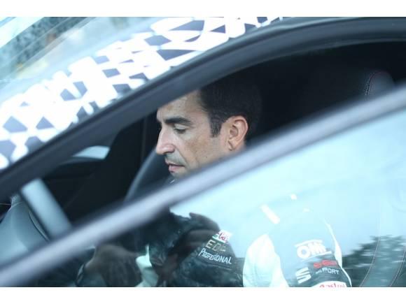 Vídeo: Seat León Cupra 290 con Gené en el circuito de Terramar