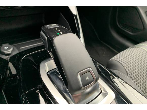 Prueba Peugeot 208 Puretech 130 S&S GT Line: precio, opinión y datos