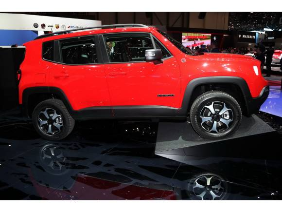 Jeep Renegade híbrido enchufable y Renegade S