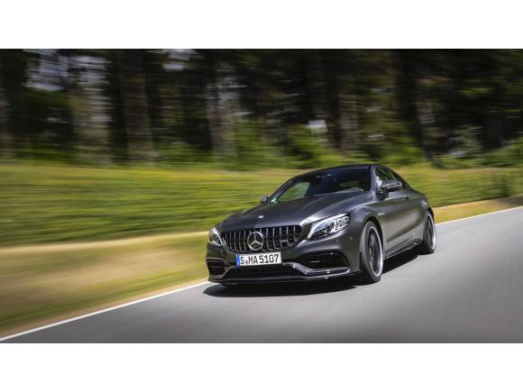 Gama Mercedes-AMG C 63, mejoras de chasis y cambio