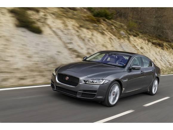Jaguar XE 2015, prueba de gama