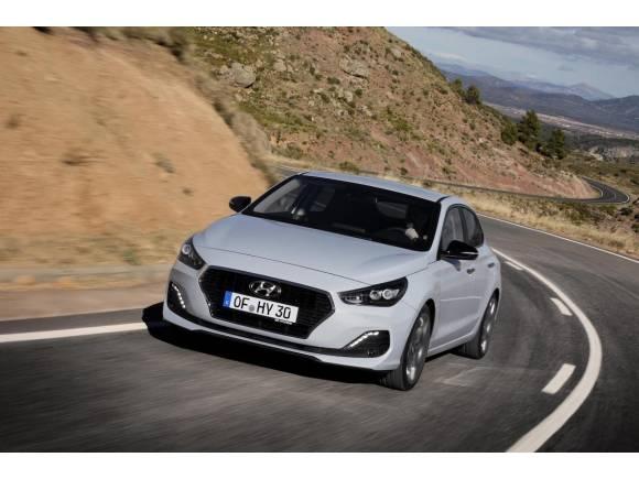 Nuevo Hyundai i30 Fastback 2018, sedán deportivo
