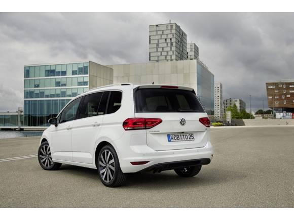 Nuevo Volkswagen Touran 2016: gama y precios del Golf de 7 plazas