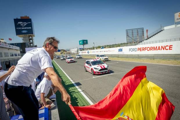 Auto10 en las 24 Horas de Ford 2016: la carrera solidaria